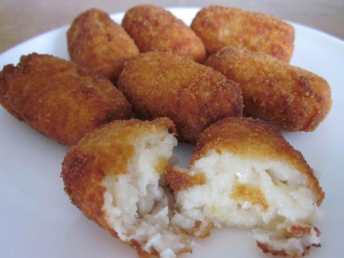 Una sencilla receta para obtener 12 croquetas de pescado