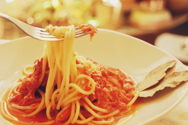 pastas con salsa de tomates