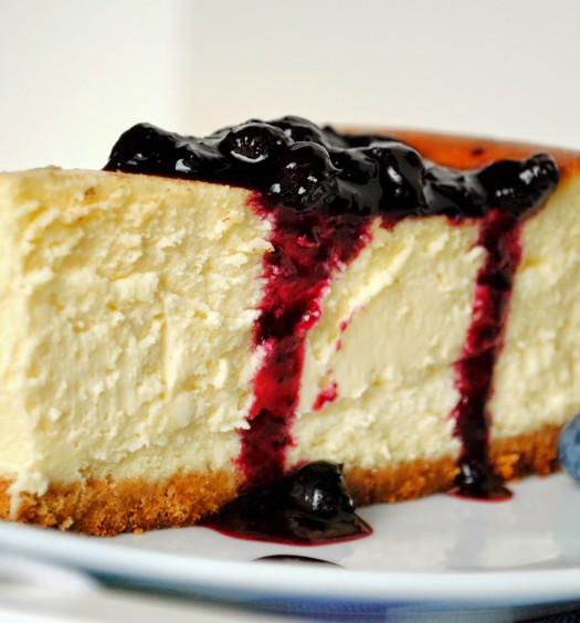 torta de queso y frutos rojos