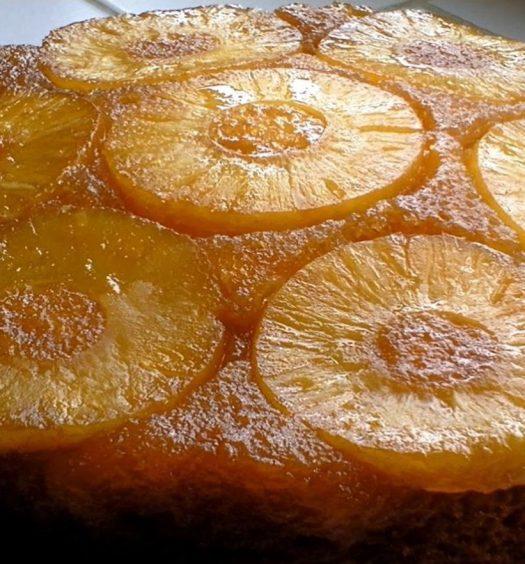 Torta de ananá invertida